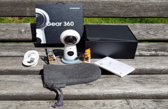Камера Samsung Gear 360 фото 2
