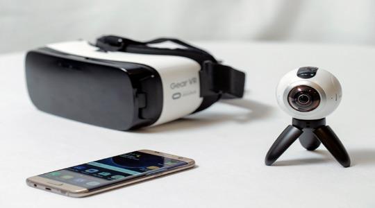 Камера Samsung Gear 360 фото 5