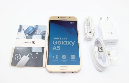 Samsung Galaxy A5 обзор