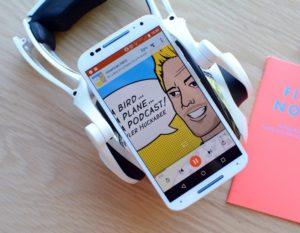 Google планирует выпускать свою версию «умных» наушников
