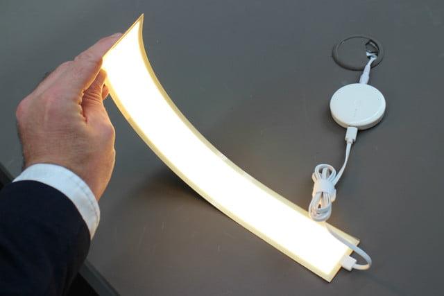 Сгибающаяся лампа OLED от LG Display фото 3