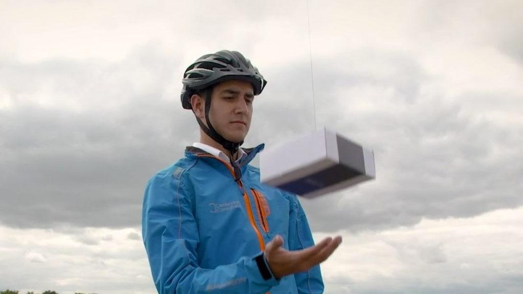 Летающие роботы доставят посылку прямо домой