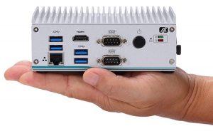 Новая встраиваемая система eBOX560-512-FL имеет крошечные размеры