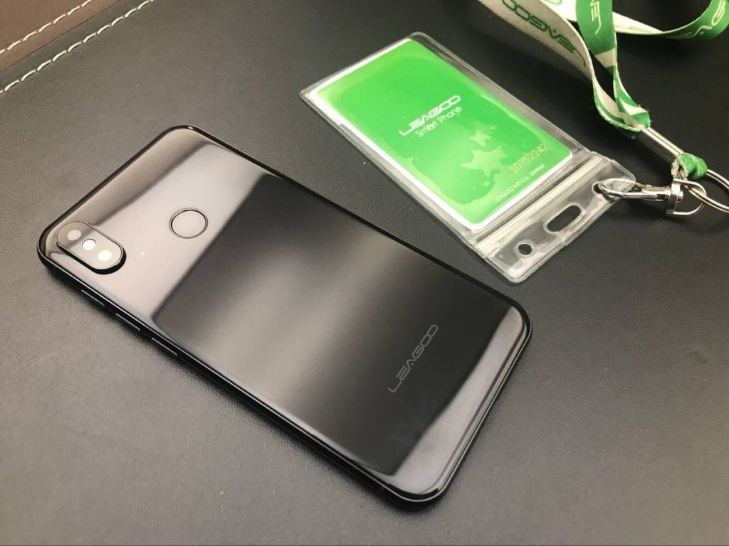 Клон iPhone X Leagoo S9 фото 2