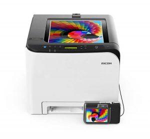 Ricoh презентовала новые цветные лазерные принтеры и МФУ для бизнеса и домашнего использования