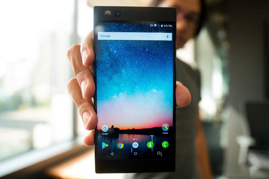 игровой смартфон Xiaomi Black Shark фото 1
