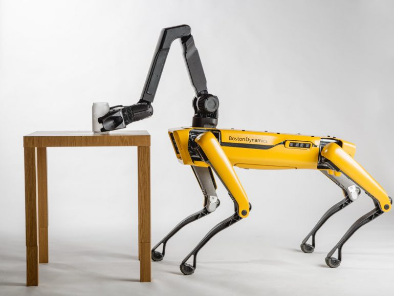 Boston Dynamics робот-пес SpotMini фото 3