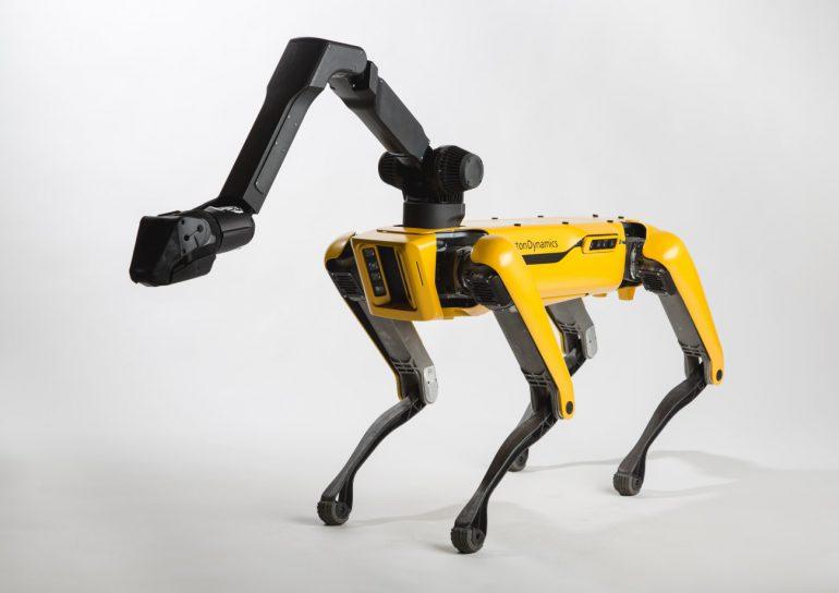 Boston Dynamics робот-пес SpotMini фото 4