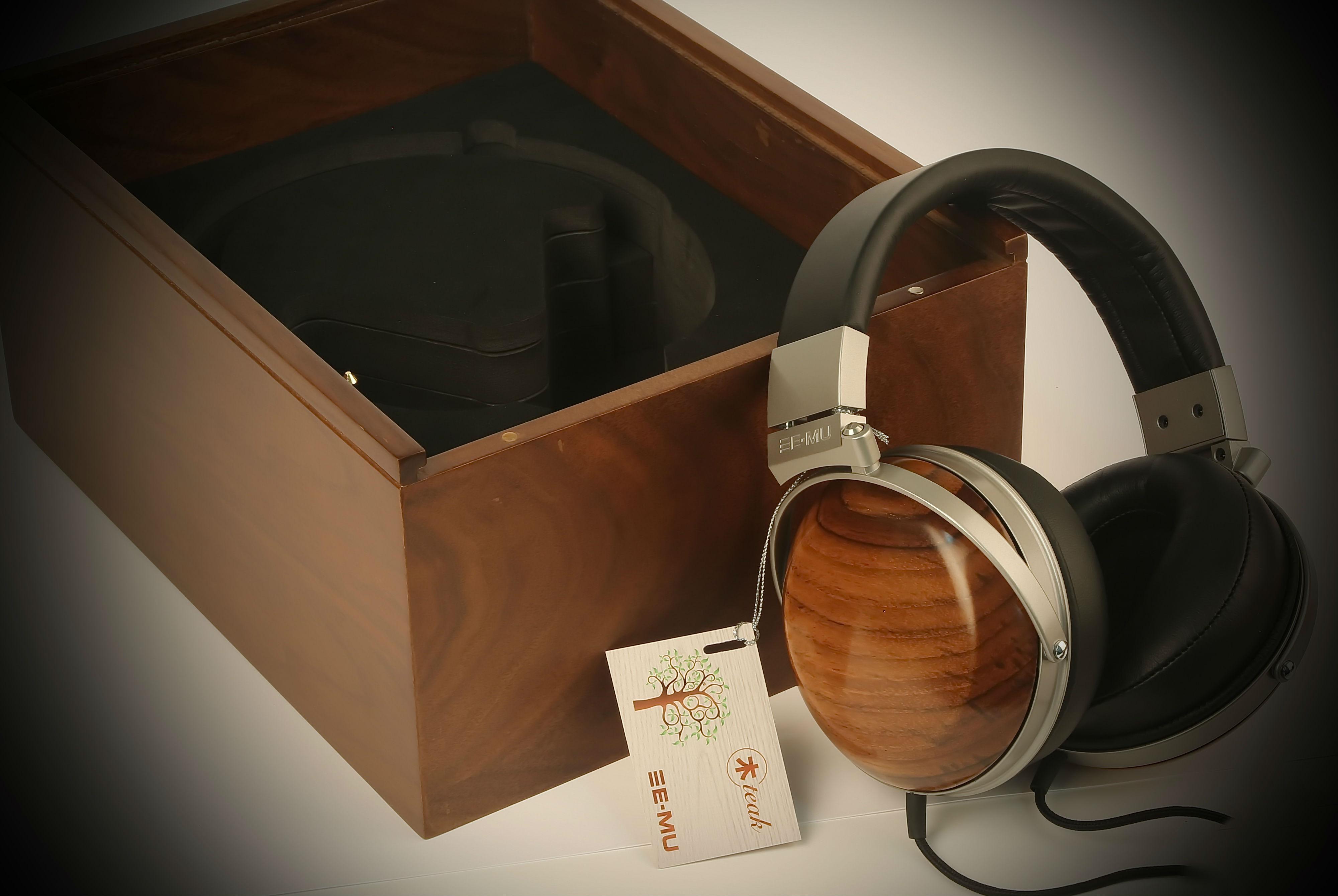 Аудиофилы получат возможность приобрести наушники с деревянными корпусами
