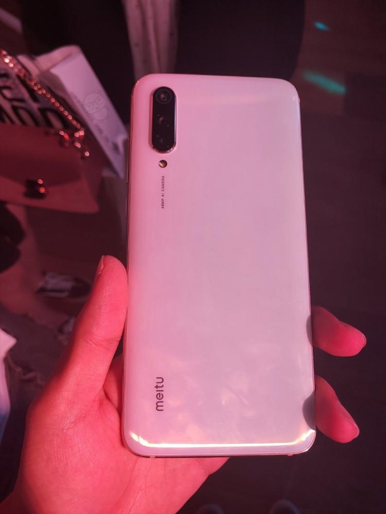 Смартфон Xiaomi Mi фото 2