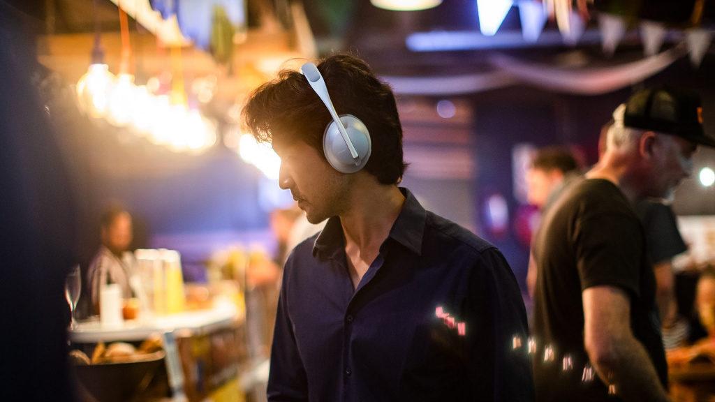 Наушники Bose Headphones 700 фото 2