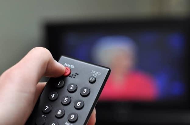 универсальный пульт для телевизора как настроить коды